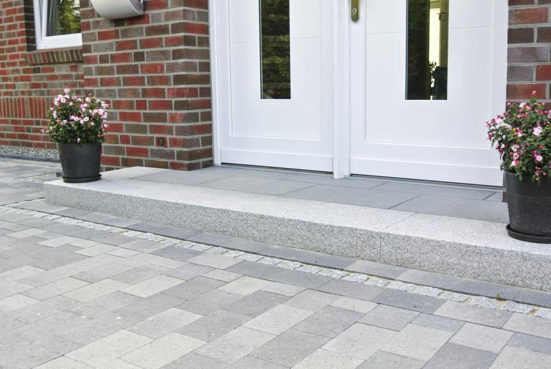 pflasterarbeiten granitstufen und terrasse bollmeyer bau. Black Bedroom Furniture Sets. Home Design Ideas
